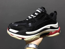 Wholesale women s white rubber shoes - 2017New Unveils New Triple S Running Shoe Man Woman Sneaker High Quality Mixed Colors Thick Heel Grandpa Trainer Shoes size35-45