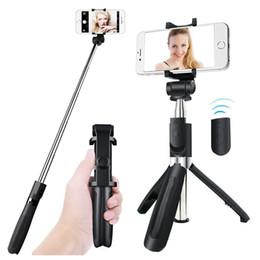 Stand di bastoni selfie online-Treppiede Bluetooth Selfie Stick estensibile con telecomando wireless e supporto monopiede per Samsung Huawei xiaomi iPhone X