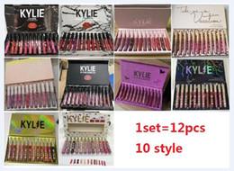 Set di labbra online-12 colori Lip Gloss Opaco liquido Rossetto Lip Gloss Set Set 12pcs / set Rossetti 10 stili 1 set Spedizione gratuita