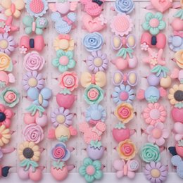 Wholesale Pave Flower - whole saleWholesale 50pcs Mix Lot Cartoon Flower Assorted Resin Plastic Pink Baby Kids Girl Children's Cartoon Rings Gift Jewelry
