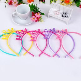 hair design multi Promo Codes - 20pcs Lot New Arrival Children S Hairband Of Tiaras Design Multi Colors Pe Plastic Crown Hair Clips For Girls In Party Jewelry Headwear