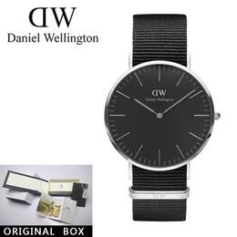 2018 новый бренд daniel wellington кварцевые часы любители часы женщины  мужчины платье часы кожа наручные часы мода повседневная часы dw box  подарок дешево ... 9782b33b4d586