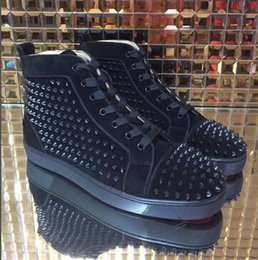 Wholesale Couple W - High Top Studded Spikes Casual Flats Luxury Red Bottom Shoes 2018 New For Men and Women Party Designer Sneakers Couple Genuine Leather