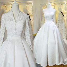 wedding dress pink vintage line NZ - JaneVini 2018 Modest White Muslim Wedding Dresses Detachable Lace Jacket V-Neck Church Long Sleeve Bridal Gowns Bride A Line Chapel Train