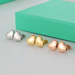 Wholesale Earrings Titanium Flowers - Luxury Fashion 3 Colors High Quality Heart-shaped Stud Earrings Womens Sterling Silver Jewelry Earrings for Women