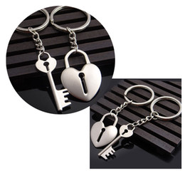 Wholesale Stainless Steel Small Crosses - Heart-Shaped Lock And Key KeyRing Pendant Couple KeyChain Creative Key Fob Key Chain Valentine'S Day Small Gifts Free DHL D524L