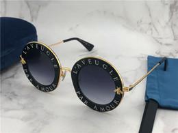 Clássico estilo rodada carta do vintage quadro de design com golden bee  qualidade superior proteção uv400 óculos de verão ao ar livre 0113 904e980c0e