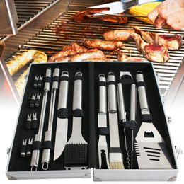 Pedaços de churrasco on-line-A grade do grupo de ferramentas do assado do BBQ grelham o acessório 19 peças de aço inoxidável das ferramentas