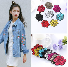 parches bordados niños Rebajas 30 unids / set tela Red Rose Patch Jeans Applique DIY Craft hierro bordado en Kid Cloth