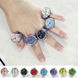 New 8 cores opcionais para Moda Criativa Rodada Elastic Quartz Finger Ring Watch 30 pçs / lote T2C101 de