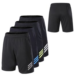 men fitness shorts Promo Codes - Men Gym Workout Shorts With Pockets Quick Dry Breathable Training Loose Basketball Shorts Men Fitness Running Sport