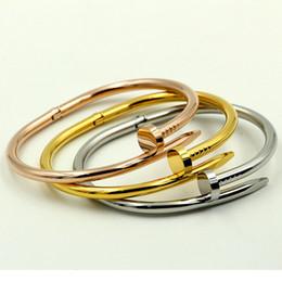 Wholesale Nail Bracelet Diamonds - Fashion men and women Love screw bracelets titanium steel bangle with CZ diamond nail Bracelet for lovers Jewelry