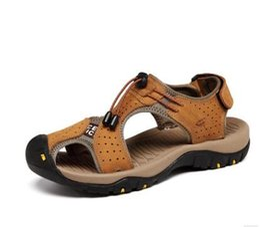 Sommer Outdoor-Sport Sandalen Herren Leder Herrenschuhe Rom Strand Schuhe  atmungsaktiv coole Hausschuhe Schuhe hohlen L012 rabatt lederschuhe rom 1b23f8f059