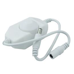 Interrupteur de gradateur de lumière blanche en Ligne-Contrôleur de luminosité de commutateur de luminosité de gradateur pour 3528 5050 5730 5630 Lumière de bande de couleur simple DC 12V 24V noir blanc