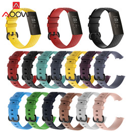 резиновые браслеты Скидка S/L Silicone Watchband for Fitbit Charge 3 Soft Rubber Sport Waterproof Replacement Bracelet Band Strap for Charge3 Smart Watch