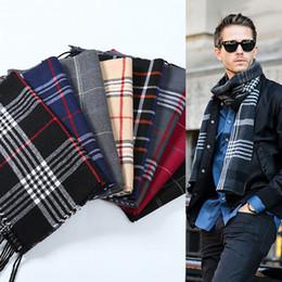 Hombres de invierno bufanda con estilo a cuadros mantón a rayas para hombre  de negocios informal abrigo Diseño de la marca Oficial silenciador bufandas  de ... c907f30983f