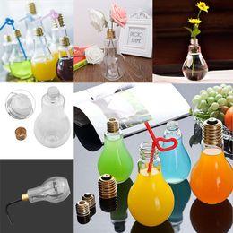 Botella de agua caliente a prueba de fugas online-Verano resplandor LED del bulbo de la botella de agua linda muchacha de la manera Jugo Leche bombillas taza de agua de cristal a prueba de fugas con la tapa caliente GGA388