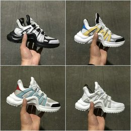 Wholesale Fashion Show Fall - Brand Luxury Fashion show new style shoes Leather Silver Top Quality Sneakers men women Cheap Running shoes Sport boots Eur 35-44