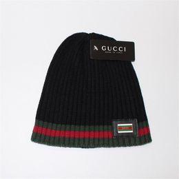 famosi designer di cappelli Sconti Cappellini di lusso Famoso Marchio di moda di marca Marchio Tenere caldo Cappelli Uomo Donna Bambino Maglia Cap regalo di Natale