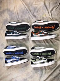 Wholesale Light Blue Skateboard - Newest Camo Revenge X Storm old skool Classic black white red blue green light men and women Casual Shoes sneakers skateboard shoes 36-44