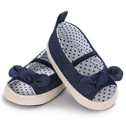 Wholesale toddler white canvas shoes wholesale - Baby Girls Princess Shoes Infant Toddler Crib Kids First Walkers Polka Dot Bow Soft Soled Anti-Slip Shoes