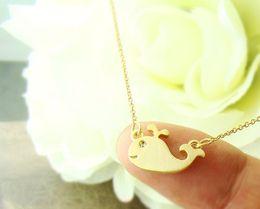 Art und Weisesilberüberzug Goldfarbenhalskette nette Wal hängende Halsketten für Frauen Großhandelsmischungs-Farbe geben Verschiffen frei von Fabrikanten
