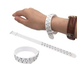 Nueva Pulsera Sizer Pulsera de plástico Herramienta de medición Brazalete de joyería que hace la mano del calibrador desde fabricantes