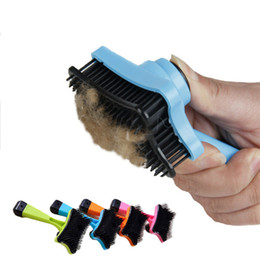 Limpador multifunções on-line-Popular Pet Plástico Hairbrush Multi Função Push Design Design Cão Massagem Pente Durável Filhote de Cachorro Grooming Escova Pet Comb limpo ferramenta T1I436