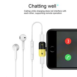 2019 conversor de carga Adaptador de relâmpagos Mini 2 in1 relâmpagos carga e fone de ouvido conversor de áudio compatível com iOS 11 ou atrasado para iPhone X 7 Plus 8 Plus conversor de carga barato