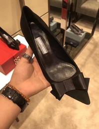Котенок пятки дамы серпантин старинные кожаные ботинки толстые педали рукав заклепки Кевин скольжения на прилив один бренд обувь женщины от
