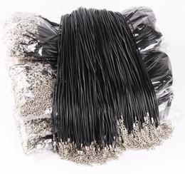 Jóias colar de cordão clasp on-line-Corda De Couro preto Corda de 1.5mm Fio para DIY Pingente de Colar de Presente Com Fecho Da Lagosta Ligação cadeia Encantos Jóias 100 pçs / lote Atacado