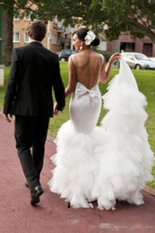 2018 Spring Mermaid Abiti da sposa Sexy Gonna a file Sweep Train Beach Abiti da sposa Custom Made Backless Wedding Dress Back With Big Bow da