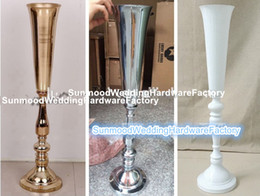 Wholesale Cheap Vases Flowers - New products Producer decorative cheap tall large iron vase for wedding flowers arrangement