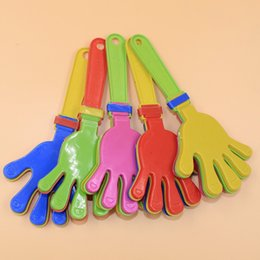 Wholesale Hand Clappers - 100pcs Plastic Hand clapper clap toy cheer leading clap for Olympic game football game Noise Maker Baby Kid Pet Toy wa4218