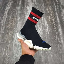 Wholesale Cowboy Boots Cheap Men - VETEMENTS SS CREW UNISES RUNNING CN3307 Trainer Boots Socks Stretch-Knit High Top Cheap Sneakers Black Red Woman Man Couples Casual Shoes