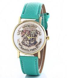 Vente montres fille en Ligne-Ventes mondiales Harry Potter école quartz garçons et filles table montre de mode ceinture montre d'école magique