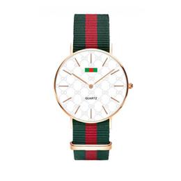 Marca de reloj de lujo de cuarzo correa de nylon reloj de lujo casual hombres 40 MM damas 36 mm complejo negro colorido relojes de nylon al por mayor reloj militar desde fabricantes