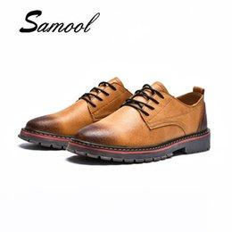retro oxford shoes lace Rabatt Neuer Frühling Herbst Männer Bullock Schuhe  Lace Up Herren Leder Freizeitschuhe 875c97b00d