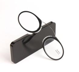 Clip para nariz Magnetic Reading Glasses Mujeres Hombre Negro Mini SOS Glasses Wallet Reader con estuche Presbyopic Eyeglasses desde fabricantes