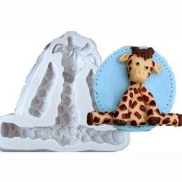 2019 moule de silicone de voiture Forme des animaux 3D Lion Girafe lapin Forme Fondant Gâteau Décoration Silicone Moules Savon Cuisine Gâteau Décoration Outils Pour Résine