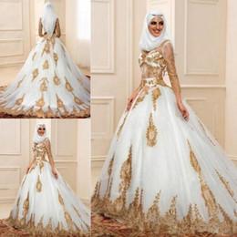 Vestido novia color dorado