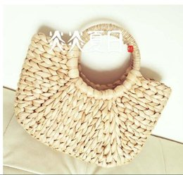 Wholesale spain leather - famous brand bag for women2018 bali body bamboo handbag straw embroidered wicker bags beach designer spain rattan bag sac a main