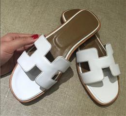 Wholesale Half Hard - New women's H half slipper leather scuffs outside sandals female summer beach flat slipper