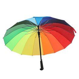 Прямой ручка для дождя онлайн-Радуга зонтик длинная ручка прямой ветрозащитный красочный зонтик женщины мужчины дождь зонтик T2i416
