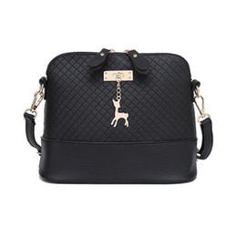 Wholesale Toy Deep - HOT SALE!2018 Women Messenger Bags Fashion Mini Bag With Deer Toy Shell Shape Bag Women Shoulder Bags handbag