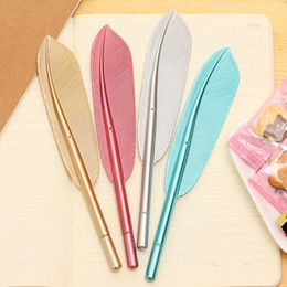 Wholesale Beautiful Items - Beautiful Feather Pens Ballpoint Pen Writing For School Supplies Stationery Cheap Items Cute Kawaii Pen stationery items