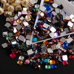 2019 pierres acryliques pour vêtements 5mm 500pcs couleurs mélangées carré acrylique colle sur pierres de strass flatback pierres précieuses pour bijoux vêtements artisanat décorations nail art promotion pierres acryliques pour vêtements