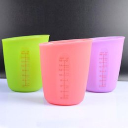 Wholesale Heat Measures - 250ml 500ml Heat Resistant Silicone Measuring Cups Kitchen Tools Soft Measuring Tools For Baking Coffee Tea ZA6020