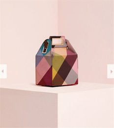 Designer Luxury Women Acrylic box Shape Design Clutch Handbags Crossbody  Shoulder Bag Acrylic Box Clutches Evening Handbag Purse on sale e36ff58a9deb