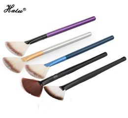 HaLu Noir Fan Poudre Maquillage Pinceau Contour Concealer Pinceau Maquillage Fondation Blush Pinceau Soins Du Visage Outil De Maquillage ? partir de fabricateur
